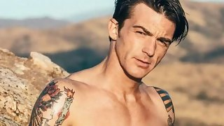 DRAKE BELL NAKED GAY CUM TRIBUTE CHALLENGE SEXY CELEBRITY COMPLIATION