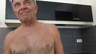 Old Gunther Sucking the Life Out of Twink