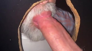GREY BEARDED GUY LIKES SUCKING DICK AT THE GLORYHOLE.
