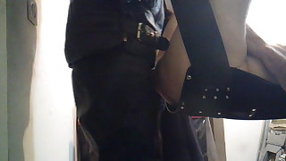 motard baise un dady sur un slig