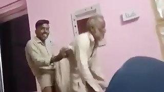 pakistani old man phar de