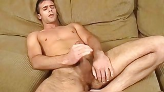 Kanyon Michaels wanking his amazing dick