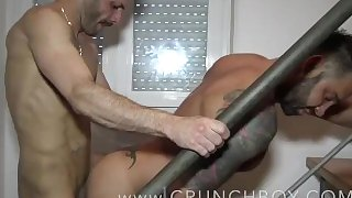 the latino ANGELO COURI fuck bareback the pornstar MArtin MAZZA